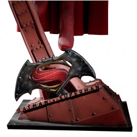 Figurine taille réelle Superman - Batman VS Superman
